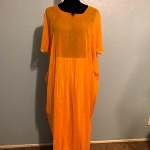 Other - OS Orange Kaftan and gold skirt combo